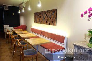 Foto 15 - Interior di Kama Coffee & Co oleh Darsehsri Handayani