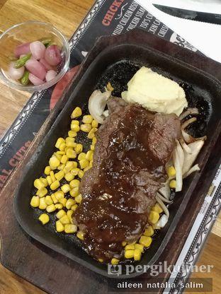 Foto 1 - Makanan di Mucca Steak oleh @NonikJajan