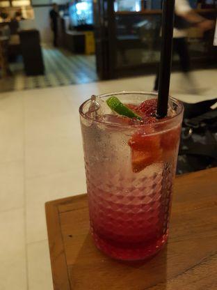 Foto 3 - Makanan(Lime in Red) di Six Degrees oleh Yuli || IG: @franzeskayuli