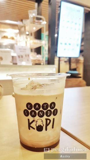 Foto - Makanan(kopi susu gula aren) di Kata Sandi Kopi oleh Audry Arifin @thehungrydentist