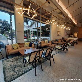 Foto review Divani's Boulangerie & Cafe oleh Pria Lemak Jenuh 5