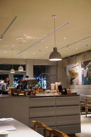 Foto 19 - Interior di 1/15 One Fifteenth Coffee oleh Prido ZH