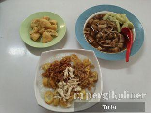 Foto - Makanan di Bubur Ayam Tangki 18 oleh Tirta Lie