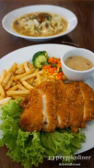 Foto Makanan di Tjikini