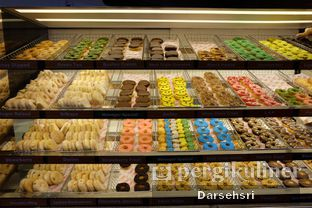 Foto 4 - Interior di Dunkin' Donuts oleh Darsehsri Handayani