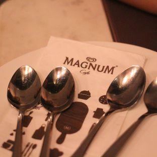 Foto 8 - Interior di Magnum Cafe oleh Steven Ngadiman