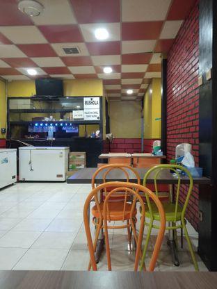 Foto 5 - Interior di Ayam Bakar Kambal oleh deasy foodie