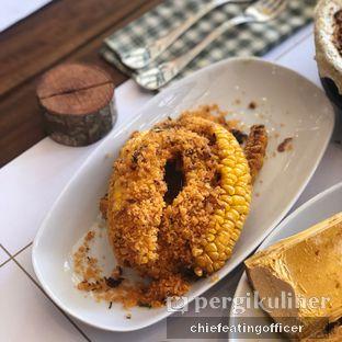 Foto 4 - Makanan di Agneya Terrace oleh feedthecat