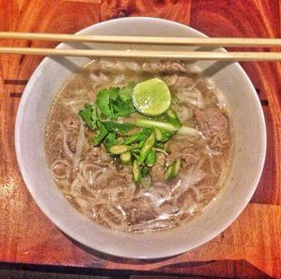Foto 1 - Makanan di Pho 24 oleh Astrid Huang   @biteandbrew