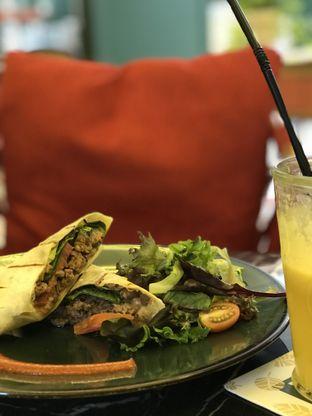 Foto 2 - Makanan(Pita Lebanese) di Siku Dharmawangsa oleh Mandy Amanda