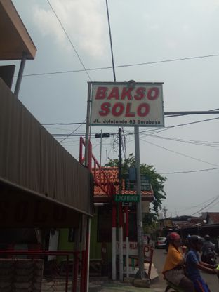 Foto 1 - Eksterior di Bakso Solo oleh Wulandari Ong
