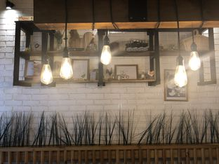 Foto 6 - Interior di Ciknic Roast Chicken oleh YSfoodspottings
