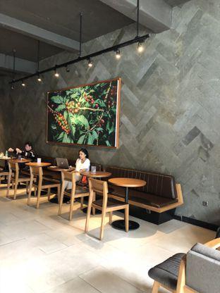 Foto 4 - Interior di Starbucks Reserve oleh Mitha Komala