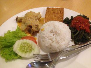 Foto 1 - Makanan(Paket Ayam Telur Asin) di Ayam Tulang Lunak Hayam Wuruk oleh Komentator Isenk