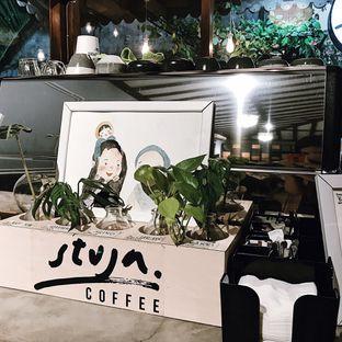 Foto 8 - Interior di Stuja Coffee oleh Della Ayu