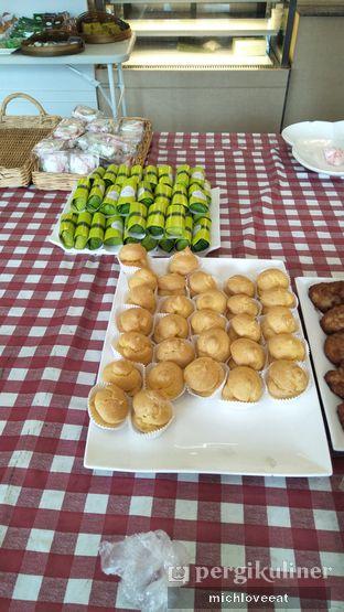 Foto 10 - Makanan di Dandy Bakery oleh Mich Love Eat