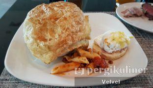 Foto 2 - Makanan di Collage - Hotel Pullman Central Park oleh Velvel