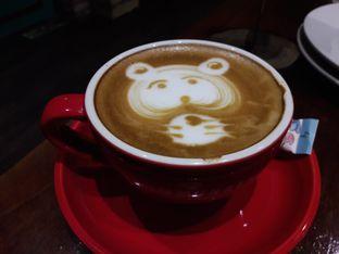 Foto 2 - Makanan di Communal Coffee & Eatery oleh Nisanis