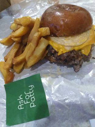 Foto - Makanan(Classic patty) di Ask For Patty oleh Tiara Tamtomo