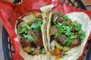 Foto 2 - Makanan di Taco Local oleh IG: biteorbye (Nisa & Nadya)