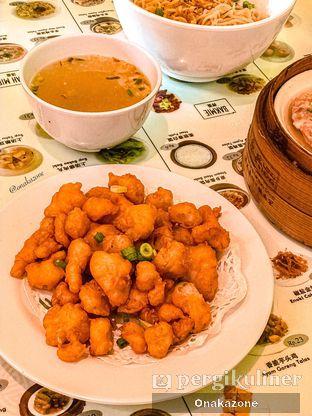 Foto 5 - Makanan(Babi Crispy) di Wing Heng oleh Onaka Zone