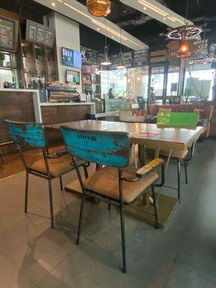 Foto 6 - Interior di Keren Coffee oleh Levina JV (IG : @levina_eat & @levinajv)