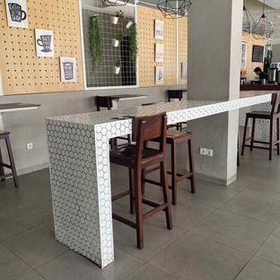 Foto 10 - Interior di Baks Coffee & Kitchen oleh Levina JV (IG : @levina_eat & @levinajv)