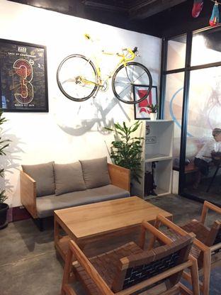 Foto 12 - Interior di Kayuh Clubhouse oleh Prido ZH