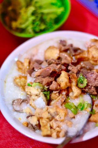 Foto - Makanan di Bubur Ayam Spesial Ko Iyo oleh Couple Fun Trip & Culinary
