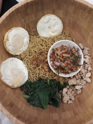 Foto 6 - Makanan di Warung Wakaka oleh Aireen Puspanagara
