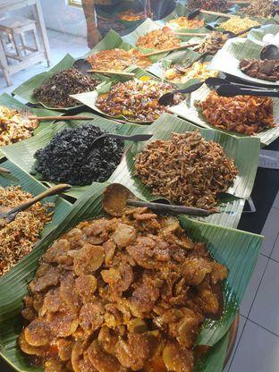 Foto 3 - Makanan di Nasi Pedas Bali Made oleh Duolaparr