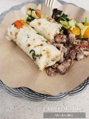 Foto 4 - Makanan di Kopi & Pawon Bu Cetarrr oleh UrsAndNic