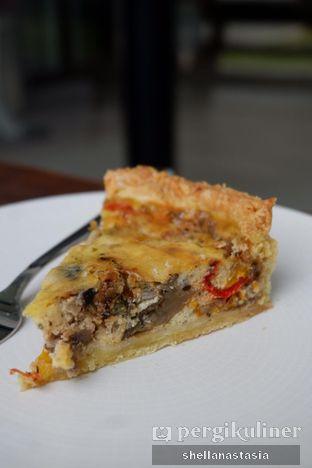 Foto 6 - Makanan(Vegetable Pie) di Titik Temu Coffee oleh Shella Anastasia