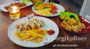 Foto review Latarombo Riverside Cafe oleh Venda Intan 1
