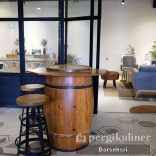 Foto 13 - Interior di Hygge Coffee oleh Darsehsri Handayani