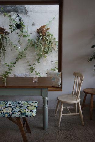 Foto 12 - Interior di Ombe Kofie oleh yudistira ishak abrar