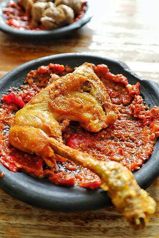 Foto 1 - Makanan di Warung Bu Kris oleh Couple Fun Trip & Culinary