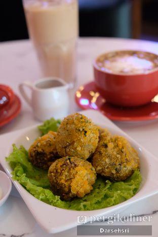Foto review Deja Coffee & Pastry oleh Darsehsri Handayani 2