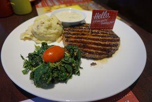Foto 2 - Makanan di Steak Hotel by Holycow! oleh Andin | @meandfood_