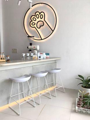 Foto 5 - Interior di Oi Coffee & Eatery oleh Prido ZH
