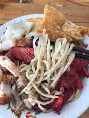 Foto 4 - Makanan di Pangsit Mie Palu oleh Loisa Veronica