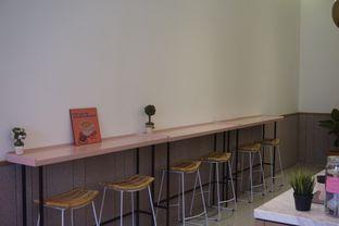 Foto 8 - Interior di Lala Coffee & Donuts oleh Prido ZH