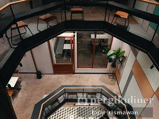 Foto 5 - Interior di New Lareine Coffee oleh Fajar | @tuanngopi