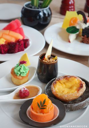 Foto 20 - Makanan di Arts Cafe - Raffles Jakarta Hotel oleh Vionna & Tommy