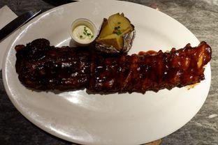 Foto 9 - Makanan(Baby Back Ribs) di Hurricane's Grill oleh Chrisilya Thoeng