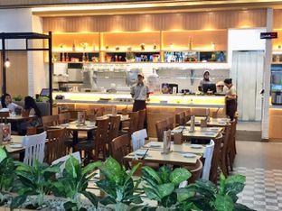 Foto 8 - Interior di Imperial Kitchen & Dimsum oleh yudistira ishak abrar