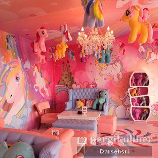 Foto 14 - Interior di Miss Unicorn oleh Darsehsri Handayani