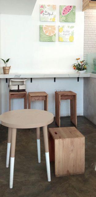 Foto 2 - Interior di Oranje Juicery oleh Ulee
