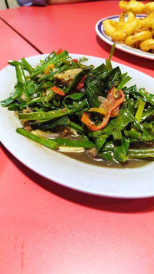 Foto 2 - Makanan di Parit 9 Seafood oleh Tristo