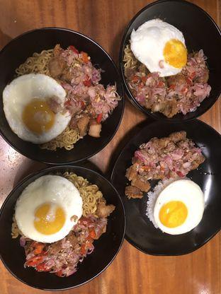 Foto 3 - Makanan di Warbiku oleh @kenyangbegox (vionna)